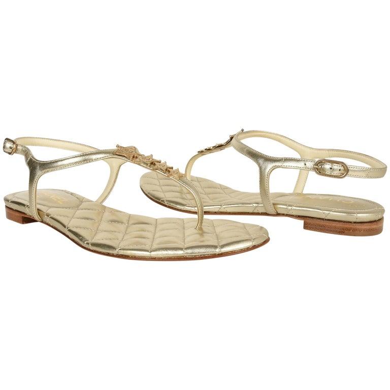 Chanel Shoe CC Star Paris Dallas Gold T-Strap Thong Sandals 38 C / 8 New