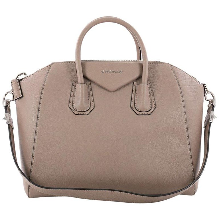Givenchy Antigona Bag Leather Medium at 1stdibs 879e907a10027