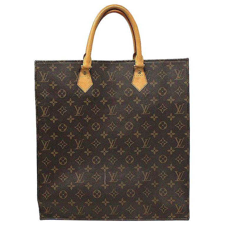 868bbfe66e35d Louis Vuitton Sac Plat Monogram Large Tote Handbag For Sale at 1stdibs