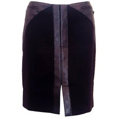 Chanel Black Wool Skirt W/ Leather Trim At Hip & Front of Skirt