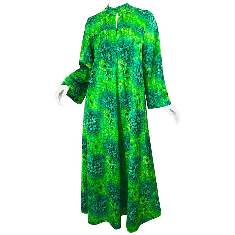 Amazing 1970s Neon + Kelly Green Abstract Flower Print 70s Vintage Caftan Dress For Sale