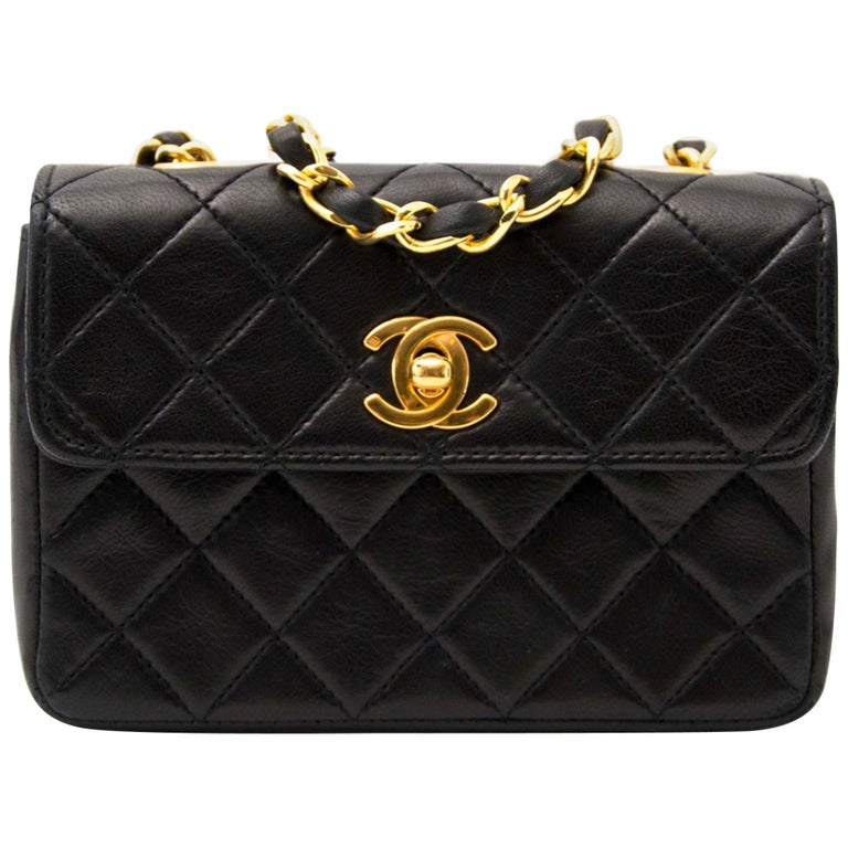 20759f16a37b Chanel Mini Vintage Lambskin Crossbody Classic Flap Bag For Sale at ...