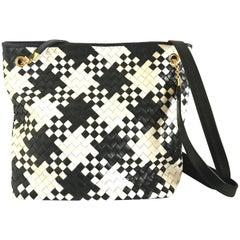 Vintage Bottega Veneta black and white woven intrecciato shoulder bag. Tote bag.