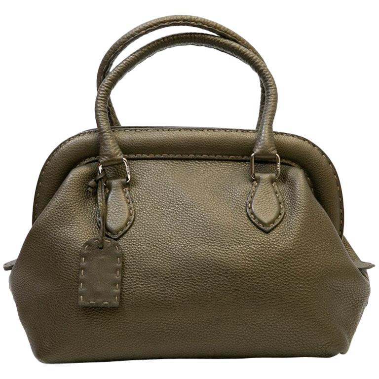 b3e54f9f76 FENDI Bag in Green Khaki Grained Leather For Sale at 1stdibs