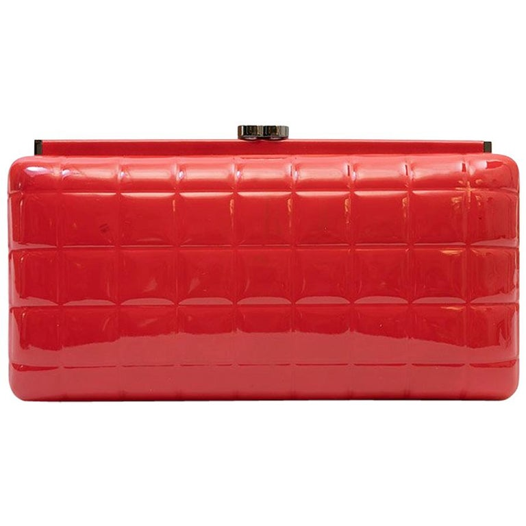 9894cbfffc73d1 Chanel Boy O Case Clutch Quilted Lambskin Medium. HomeFashionHandbags and  PursesClutches. CHANEL Clutch in Red Patent Leather For Sale
