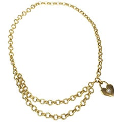 Chanel Chain Vintage Belt in Gilt Metal and Heart Charm