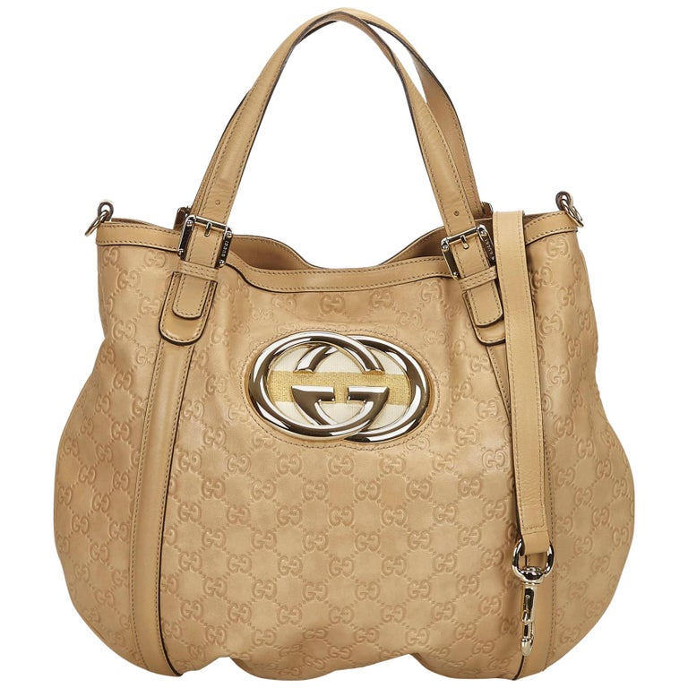 a18d6c424fe Gucci Beige Guccissima Britt Hobo Bag For Sale at 1stdibs