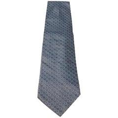 Gucci silver tie.