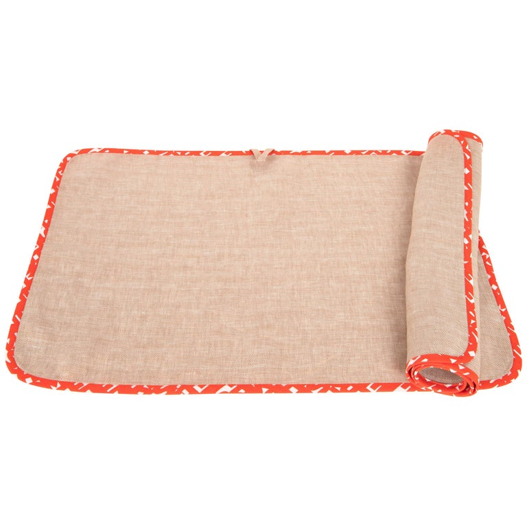 Hermes Kitchen / Bar Towel Set of 2 Linen with Red and White Cotton Trim nwt