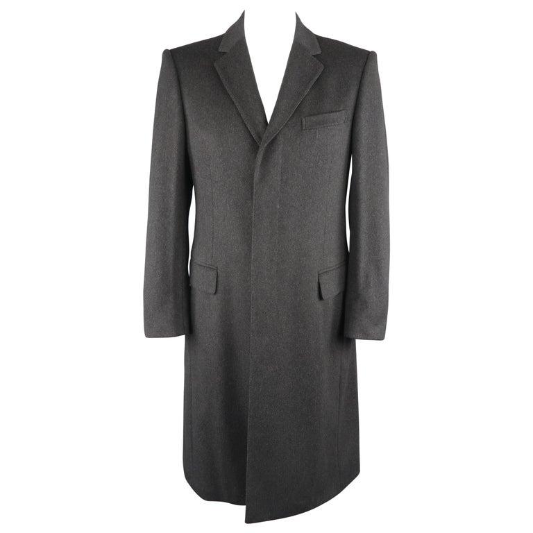 9be054bbd GUCCI Coat - Size US40 Dark Gray Wool Hidden Placket Notch Lapel Coat For  Sale