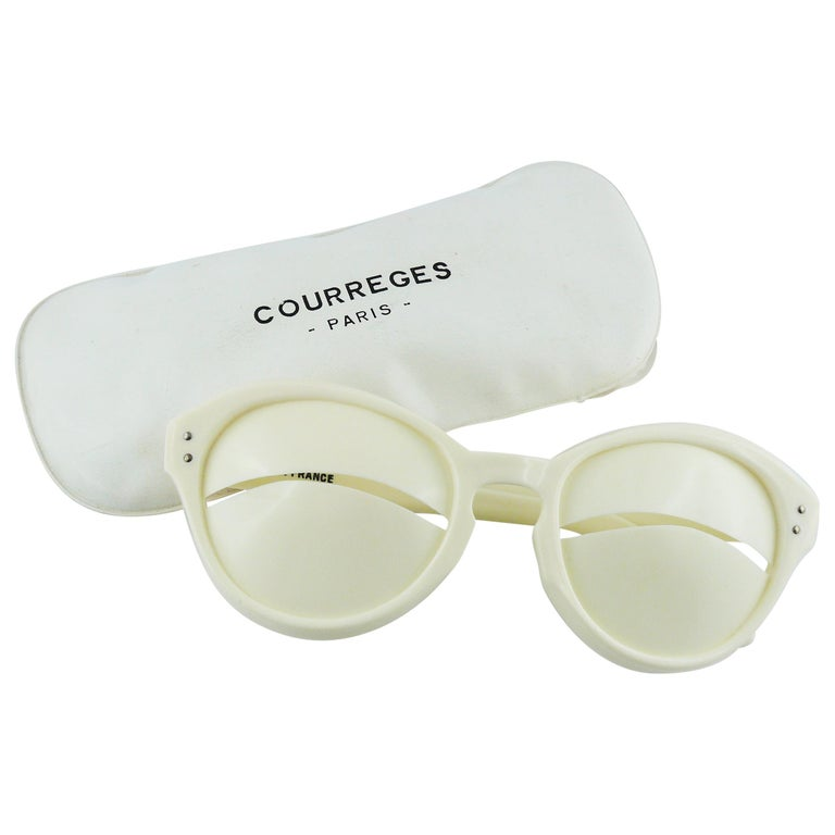 5b1ff44c73 COURREGES Vintage Iconic Eskimo Eclipse Sunglasses For Sale at 1stdibs