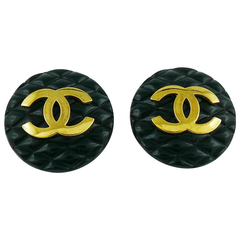 Chanel Vintage 1994 Large Black Quilted Logo Clip-On Earrings For Sale