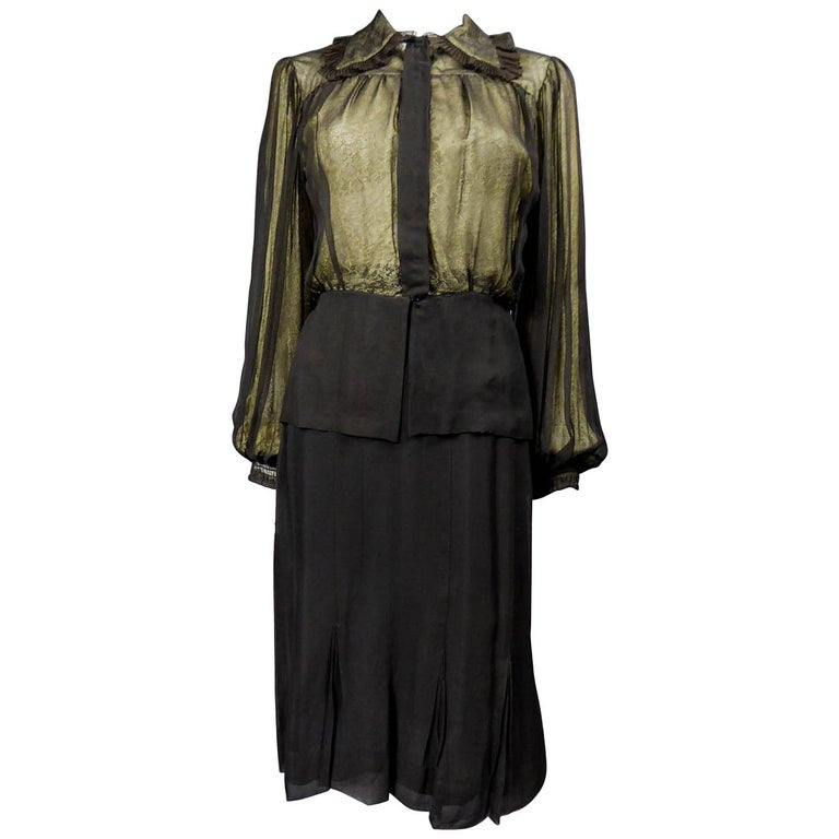 Madeleine Vionnet set in silk crepe and blonde lace Circa 1935/1940