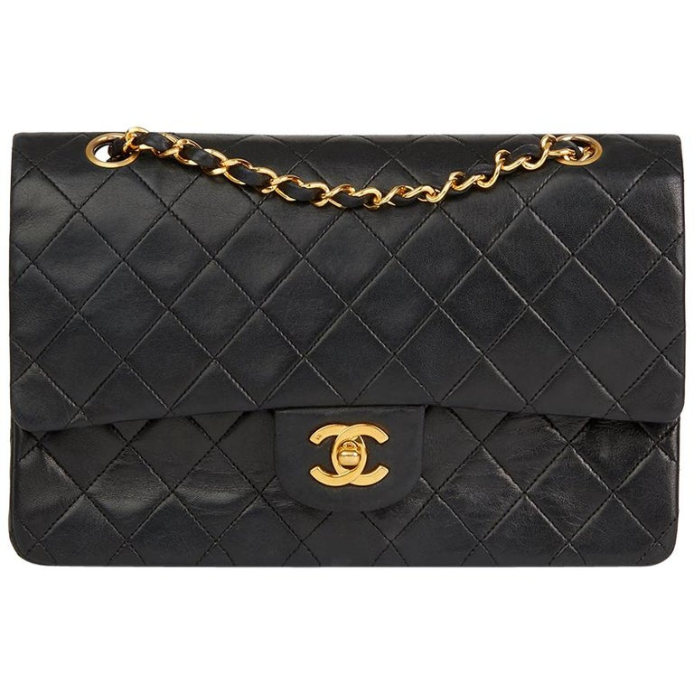 03f9bc4e1fa6 1980s Chanel Black Quilted Lambskin Vintage Medium Classic Double Flap Bag  For Sale