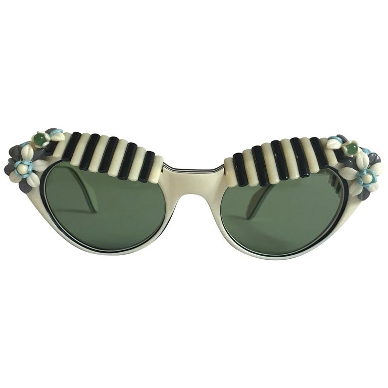 Schiaparelli Cabana Floral Cat Eye Sunglasses in Creamy White and Black, 1950s  For Sale