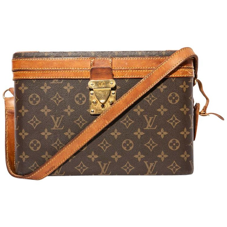 LOUIS VUITTON Vintage Beauty Case in Brown Monogram Canvas and Natural Leather