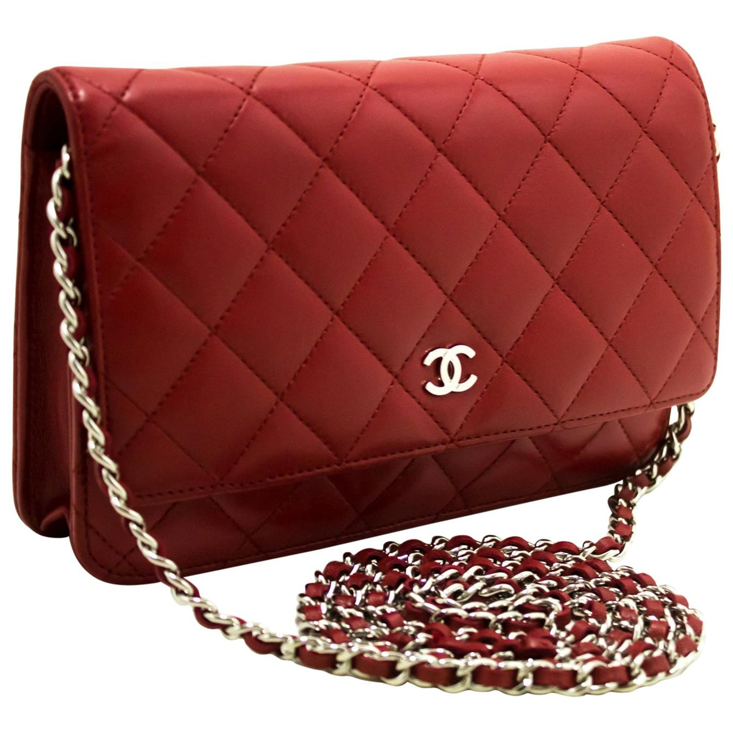 ebf915acb06b Chanel Red Wallet On Chain Crossbody Clutch Lamb Shoulder Bag For Sale at  1stdibs