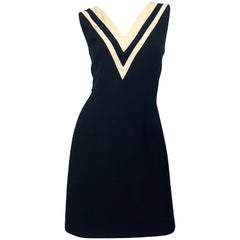 Dolce & Gabbana Size 42 Black and Ivory 1990s Does 1960s Wool Shift Dress
