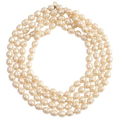 Chanel Opera Necklace Glass Pearl Sautoir Infinity 65 Inches 1980s