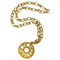 Vintage CHANEL golden chain necklace, chain belt with round logo COCO top.
