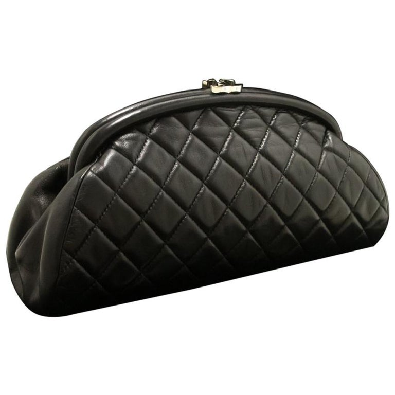 8a00a1201dd9 Chanel Lambskin Timeless Black Quilted Leather Silver Clutch Bag For Sale