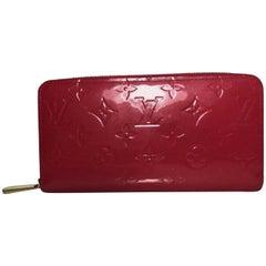 Louis Vuitton Vernis Zippy Wallet in Pink