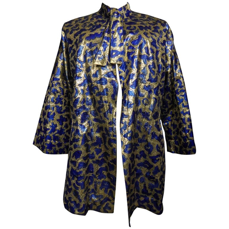 Blue painted and gold lamé Kimono in the manner of Matisse Circa 1960 For Sale