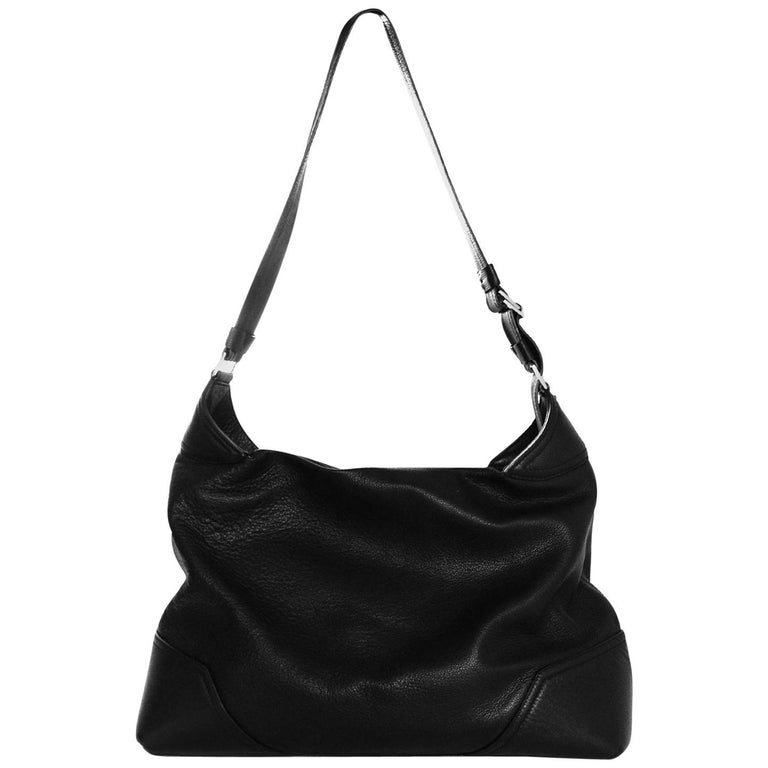 1e3e052c32bf Versace Black Leather Large Zip Top Overnight Duffle Bag Unisex For Sale at  1stdibs