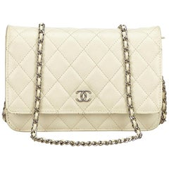 Chanel White / Ivory Quilted Caviar Wallet On Chain
