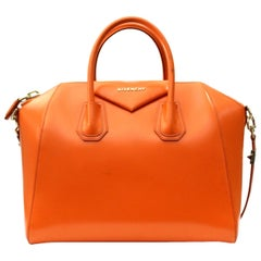 Givenchy Sugar Goatskin Leather Medium Antigona Bag