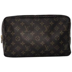 Louis Vuitton Monogram Trousse Toilette 28 Clutch