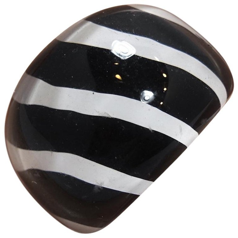 Vintage 1960s Black & White Stripe Lucite Ring For Sale