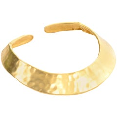 1980s Givenchy Vintage Gold Hammered Hinged Collar Necklace