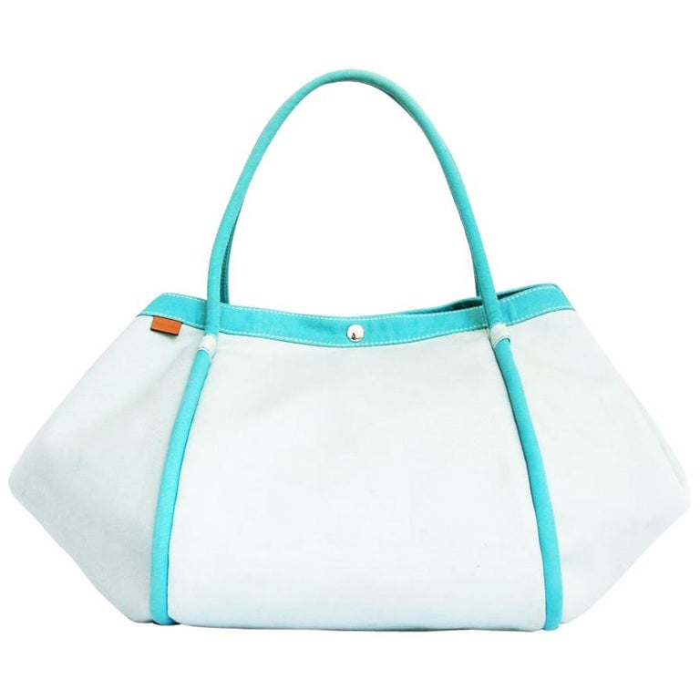 b4969345087a HERMES Beach Bag in Azure and Blue Sky Colors Canvas For Sale at 1stdibs