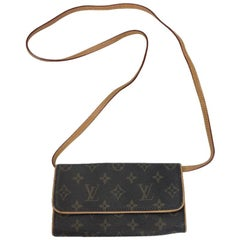 Louis Vuitton Bag in Brown Monogram Coated Canvas and Leather