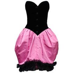 Yves Saint Laurent lovely heart shaped dress in black velvet and pink silk, 1980