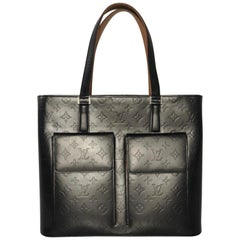 Louis Vuitton Matte Vernis Willwood in Grey Shoulder Tote Handbag