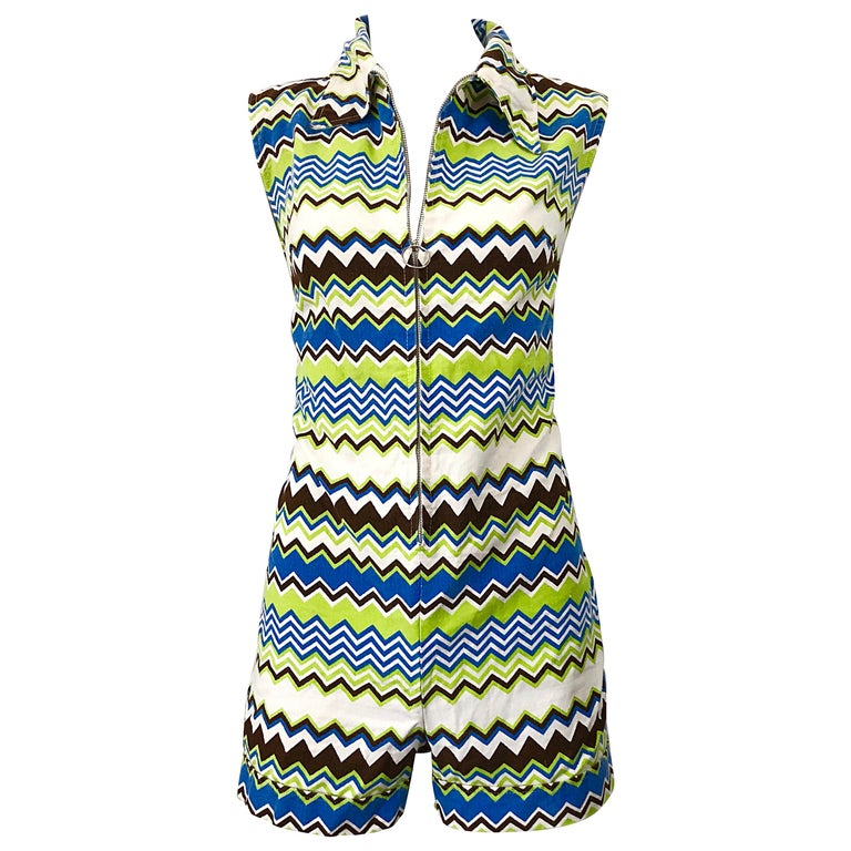 Chic 1970s Missoni Style Zig Zag Sleeveless Vintage 70s Cotton One Piece Romper For Sale
