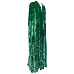 Jean Patou Velvet Evening cape, Circa 1935