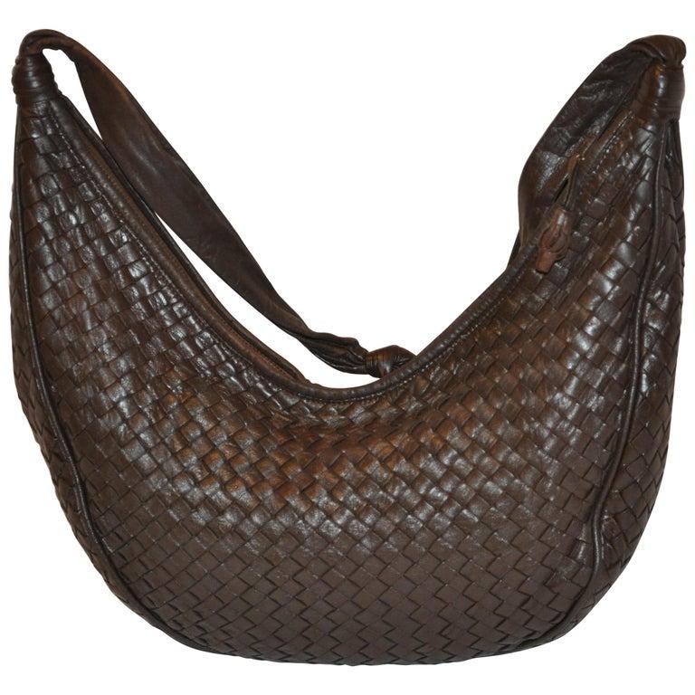 c42107caf6a5 Bottega Veneta Deep Coco-Brown Woven Lambskin Zippered-Top Shoulder Bag