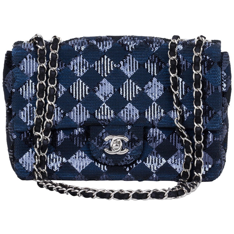 2e863aff5c62 Chanel Navy and Black Sequins Evening Flap Bag For Sale at 1stdibs
