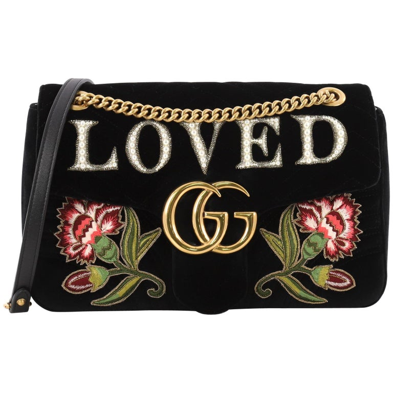 ca9babe0f8fd9 Gucci GG Marmont Umschlagtasche Verziert Matelasse Samt