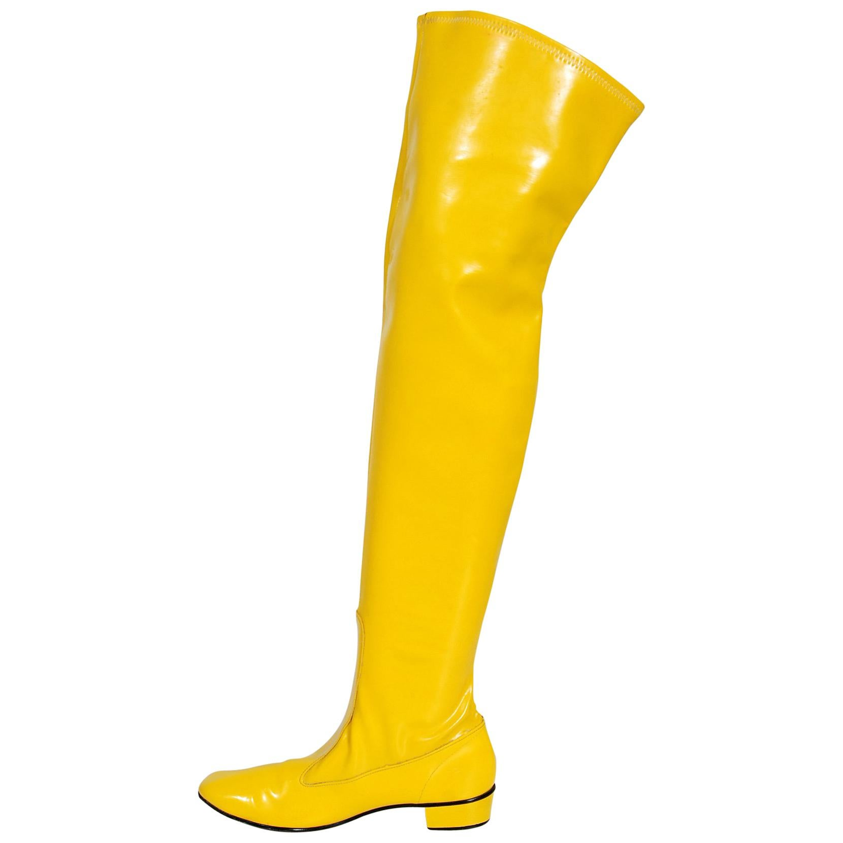 5b195b2083e 1960 s Sunshine Yellow Vinyl Over-The-Knee Pull On Space Age Mod Boots at  1stdibs