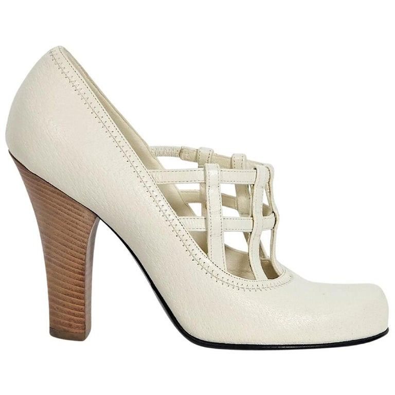 29ffdca52c2 White Louis Vuitton Cage Leather Pumps For Sale at 1stdibs