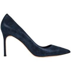 Manolo Blahnik Shoe Navy Blue Coated Suede Pump 40.5 / 10.5