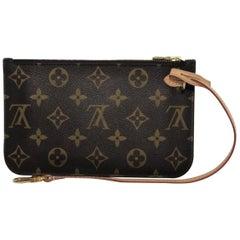 Louis Vuitton Monogram Neverfull Mm Pouch Only Wristlet Handbag. Vine Louis  Vuitton Wallets And Small Accessories 236 ed8c3e52ed080
