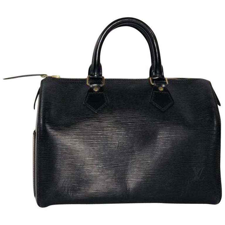Louis Vuitton Epi Speedy 25 in Black Satchel Top Handle Handbag