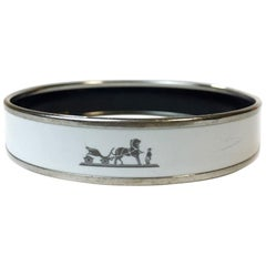 HERMES Bangle in White Enamel and Silver Metal