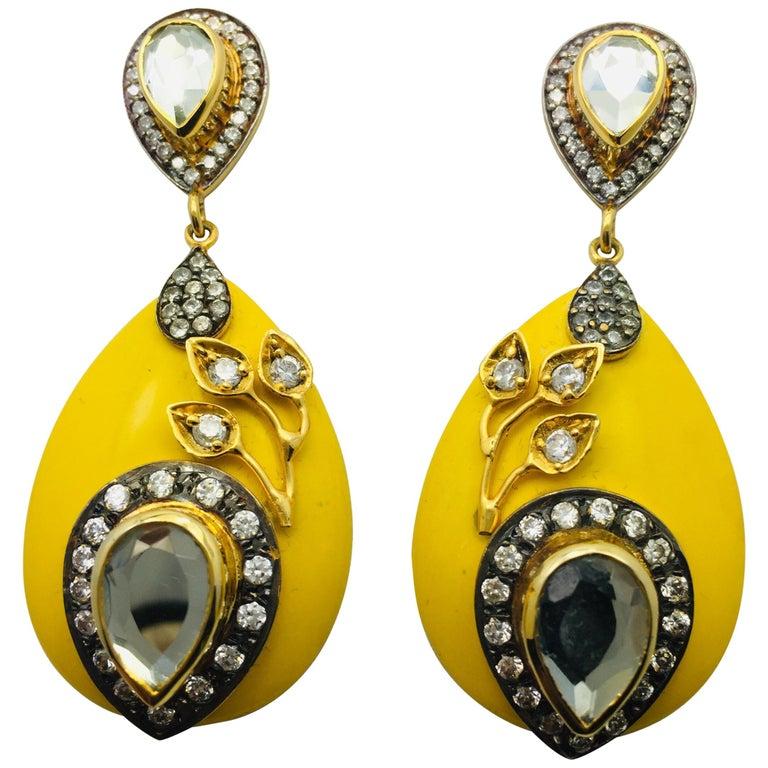 Meghna Juwelen Handgemachte Harz Gelbe Blätter Ohrringe  1