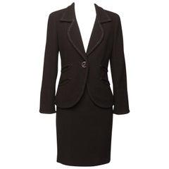 CHANEL Boucle' Skirt Suit Ensemble